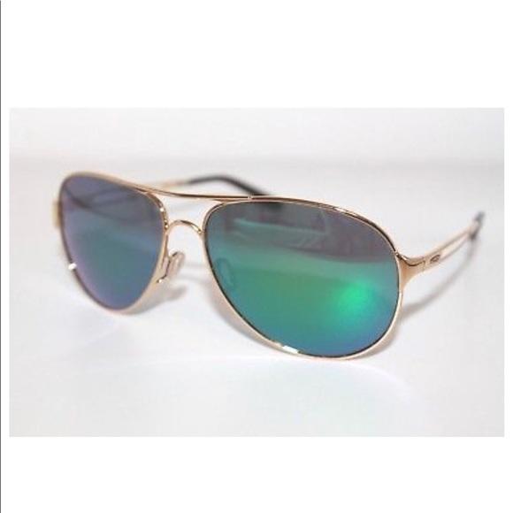 613290c6309 Oakley Gold Sunglasses. M 5b592dba800dee563d9181d0